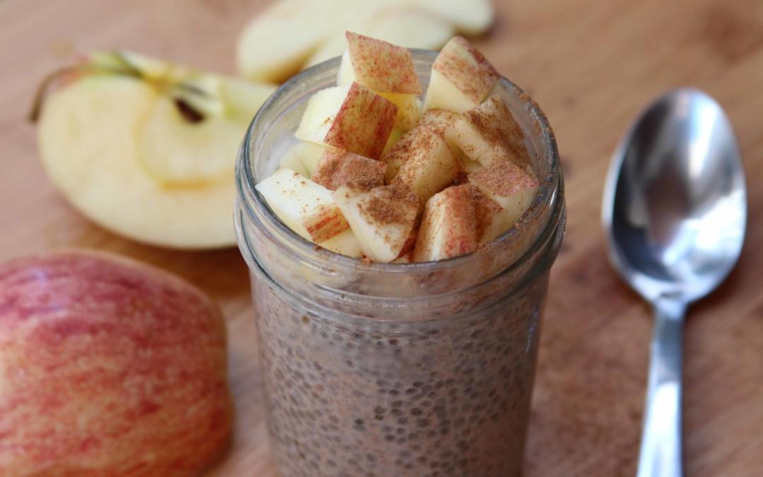 Изчистване на дебелото черво с чиа семки, ябълка, ленено семе и мед
